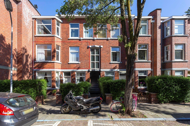 Bekijk foto 1 van van Gaesbekestraat 40