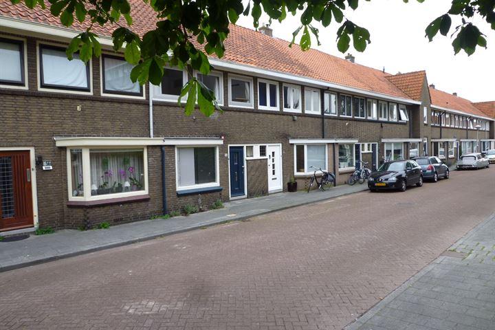 Ruysdaelstraat 54