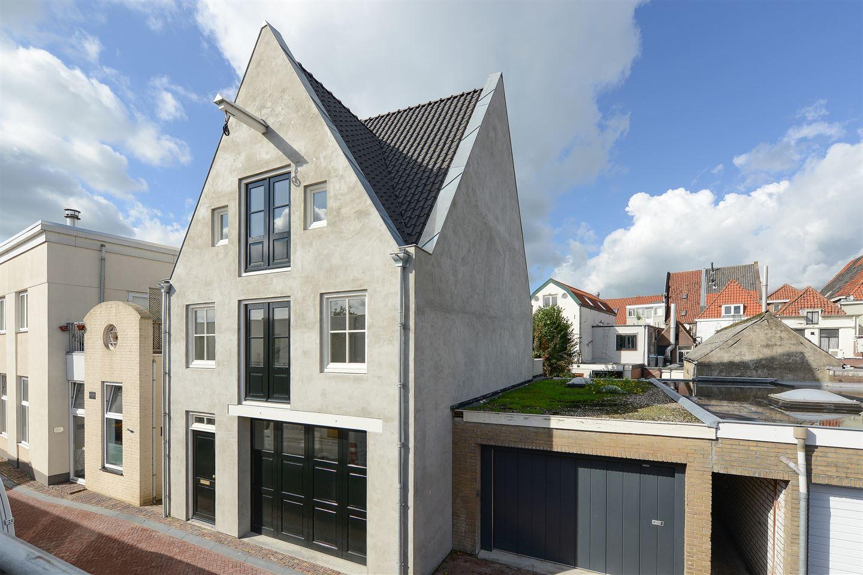 Bekijk foto 1 van Minnebroederstraat 2 c