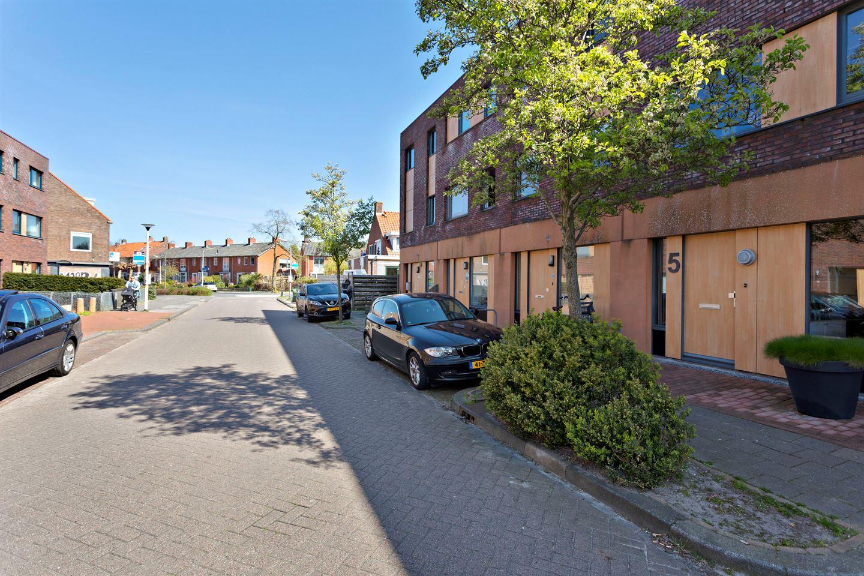 Bekijk foto 1 van Cornelis Trooststraat 5