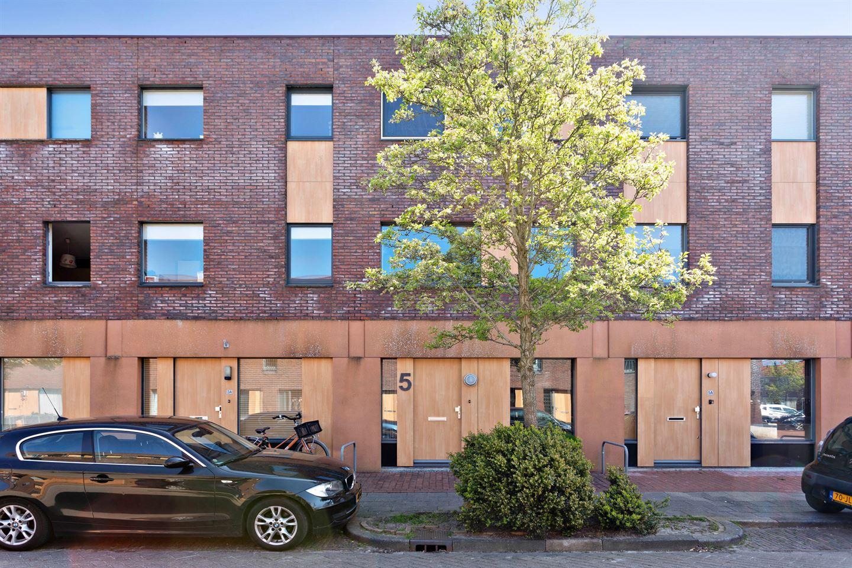 Bekijk foto 3 van Cornelis Trooststraat 5