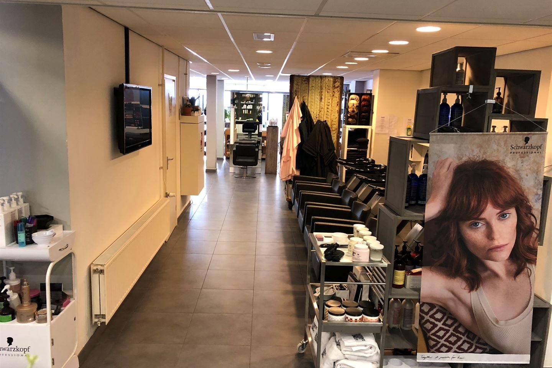 View photo 4 of Herenstraat 56