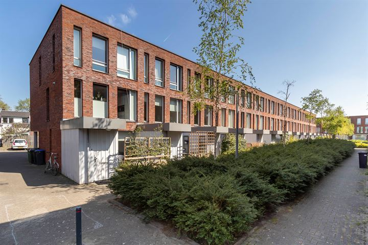 Buys Ballotstraat 28