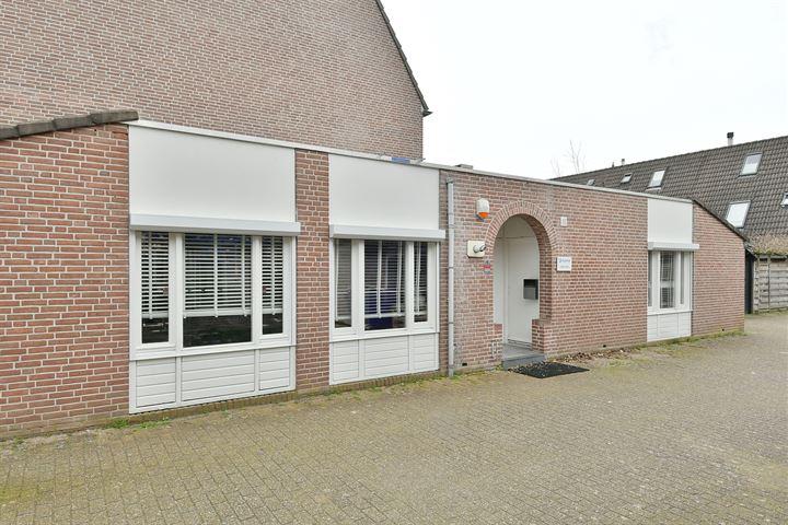 Rietmeent 230-231, Almere