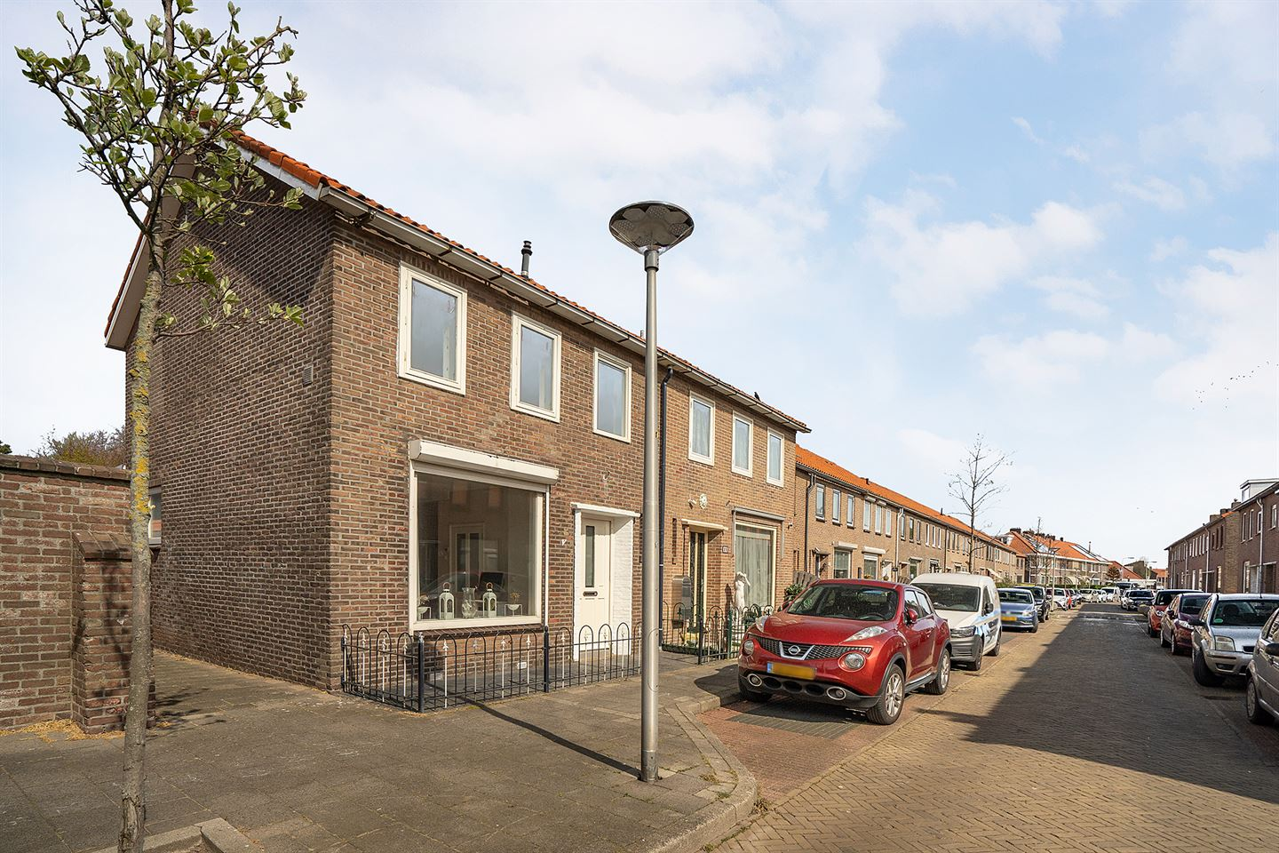 View photo 1 of Pluvierstraat 31