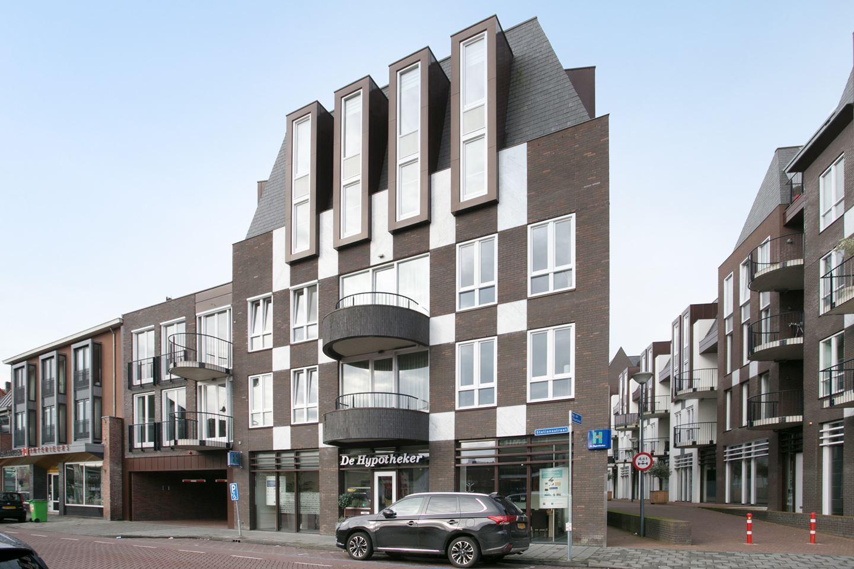 Bekijk foto 1 van Mgr vdn Tillaartstraat 22