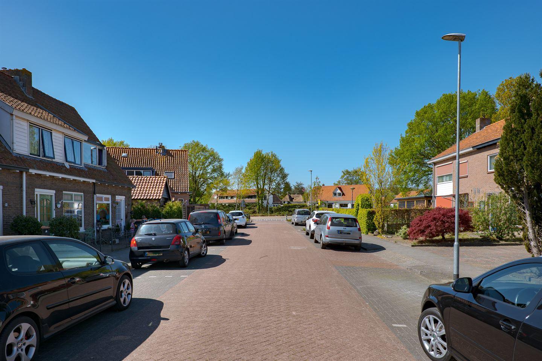 Bekijk foto 2 van Leliestraat 3