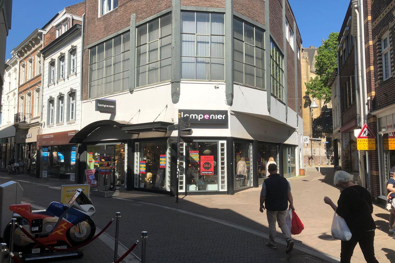Bekijk foto 4 van Limbrichterstraat 31