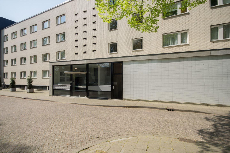 Bekijk foto 2 van Henriette Ronnerstraat 24