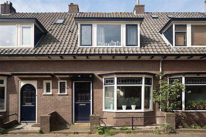 Achterhoven 24