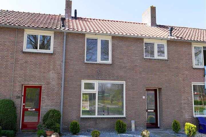 Voorstraat 16