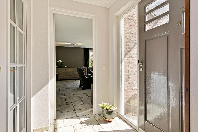 Bekijk foto 2 van Meerstraat 44