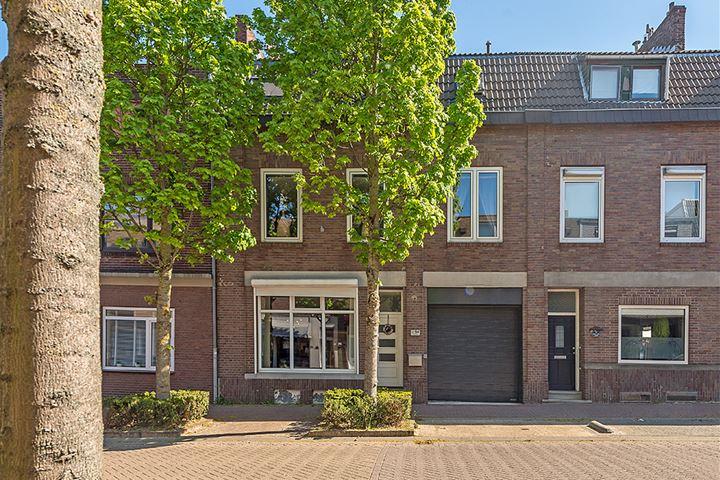 St.Pieterstraat 54
