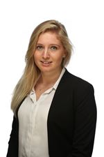 Leonie Valk (Sales employee)