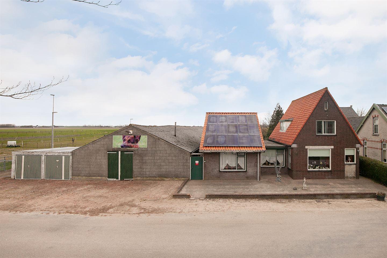 View photo 2 of Langeweg 54