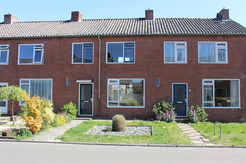 Bekijk foto 1 van Dr. Bekenkampstraat 41