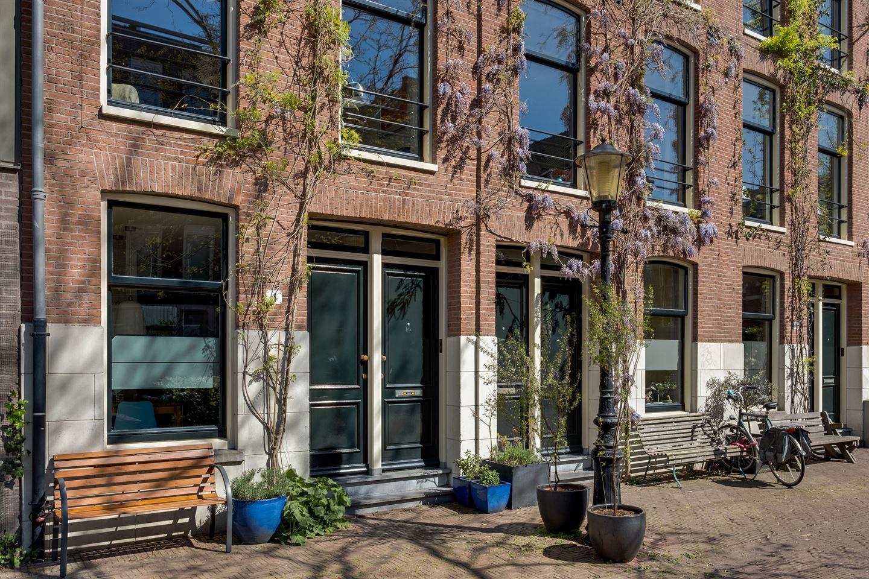 Bekijk foto 3 van Leeuwenhoekstraat 4