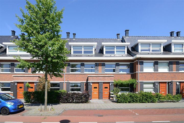 Vrouw Avenweg 143 .