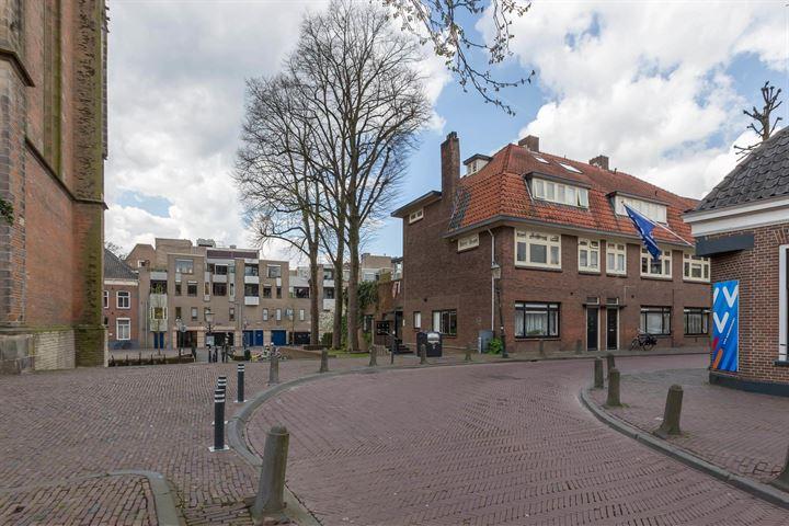 Breestraat 2 c*