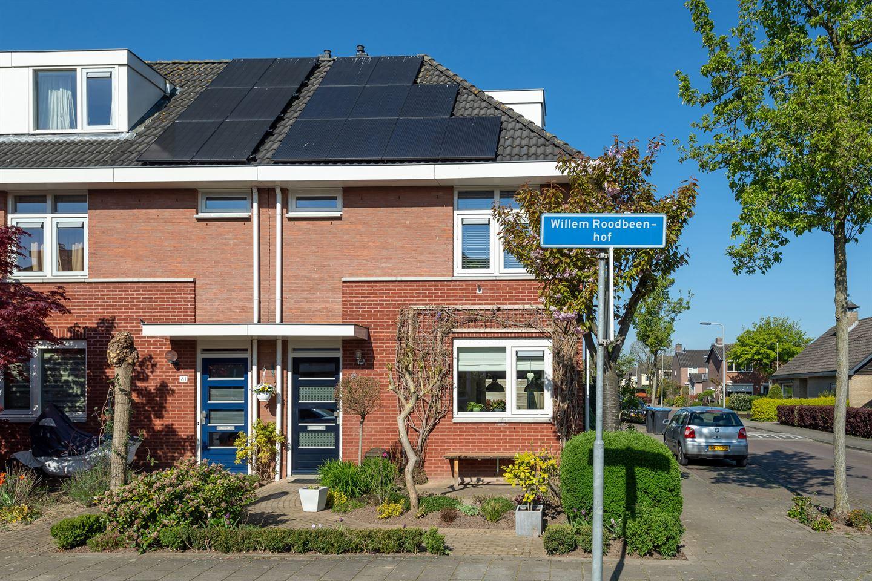 Bekijk foto 1 van Willem Roodbeenhof 63