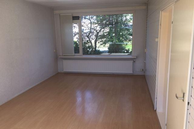 Bekijk foto 3 van Julianastraat 46