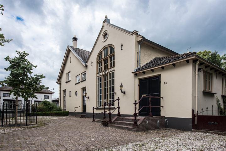 Daver 24, Kerk-Avezaath (Gem. Buren)