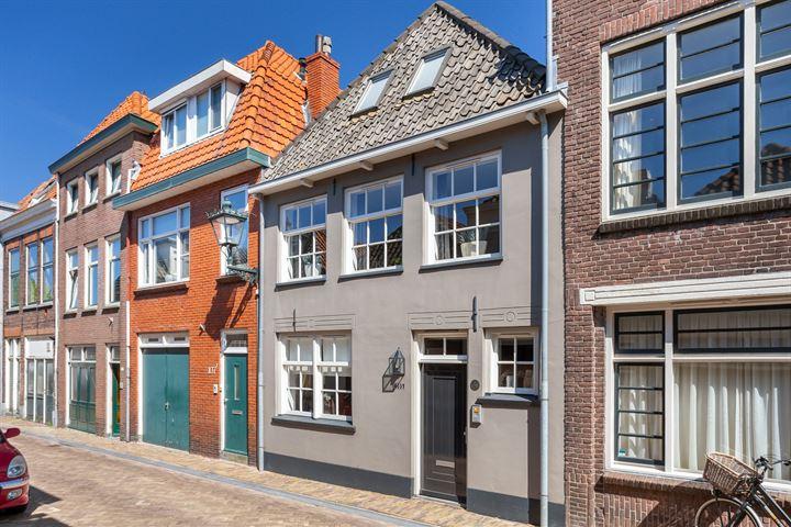 Buiten Nieuwstraat 105