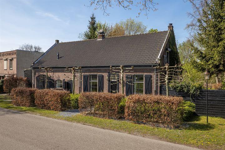 Eindhovenseweg 32