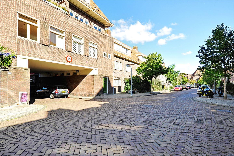 Bekijk foto 2 van Veeteeltstraat 56