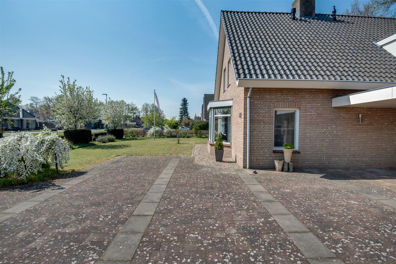 Bekijk foto 3 van Kloosterstraat 83