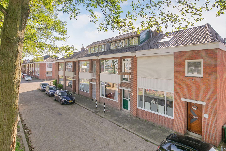 View photo 1 of Giraffestraat 38