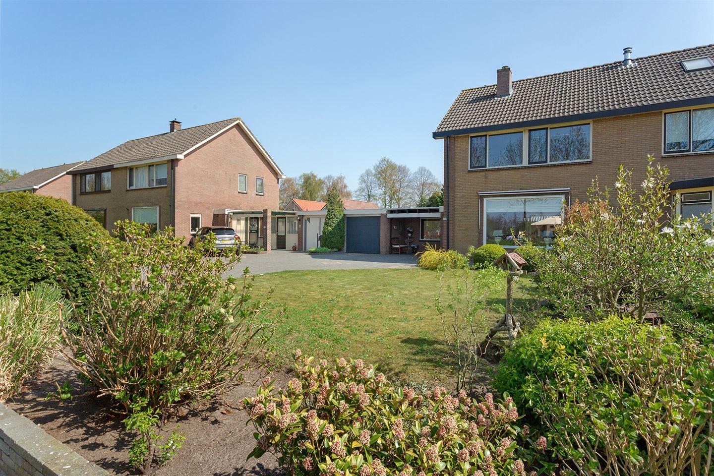 Bekijk foto 2 van Lageweg 26