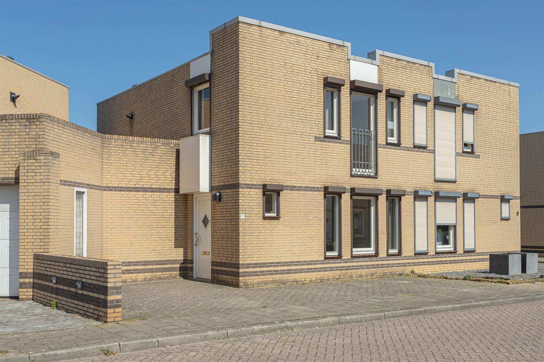 Bekijk foto 1 van Schubertstraat 7