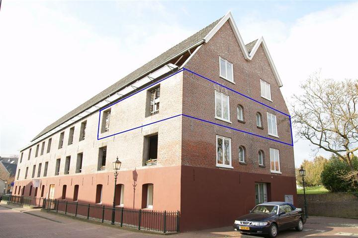 Ruyterstraat 22