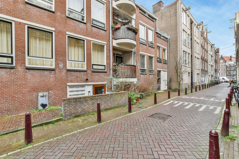 Bekijk foto 1 van Passeerdersstraat 18 B