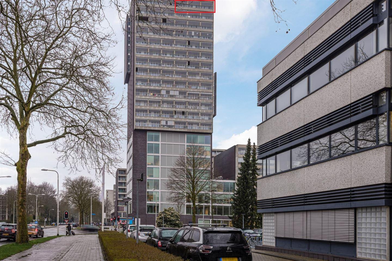 Bekijk foto 2 van Professor de Moorplein 573