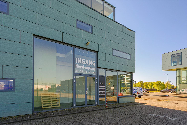 View photo 3 of Neerloopweg 36