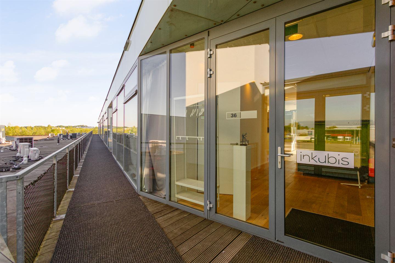 View photo 4 of Neerloopweg 36