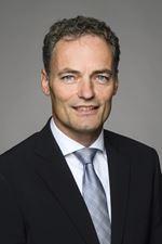 drs. J.Z. (Jaap) van 't Hul MRICS RT (Property manager)