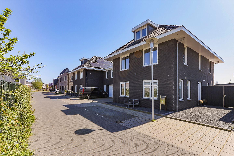 Bekijk foto 1 van Schiermonnikoogstraat 4