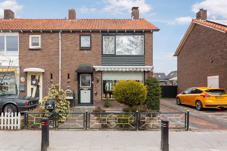 View photo 2 of Fabianusstraat 59