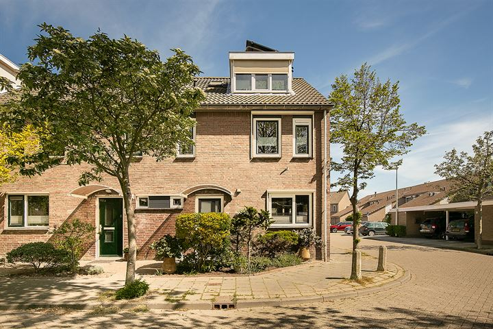 De Backerstraat 16