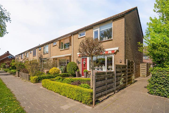Nicolaas van Puttenstraat 39