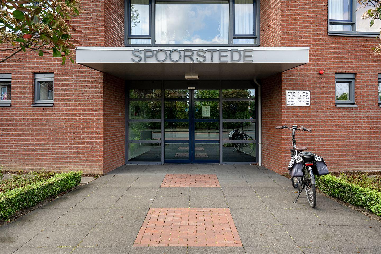 Bekijk foto 3 van Burgemeester Schuitestraat 112