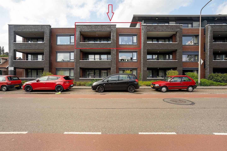 Bekijk foto 1 van Burgemeester Schuitestraat 112