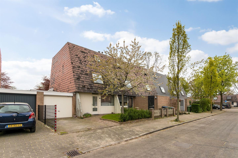 View photo 1 of Zwanenveld 3117