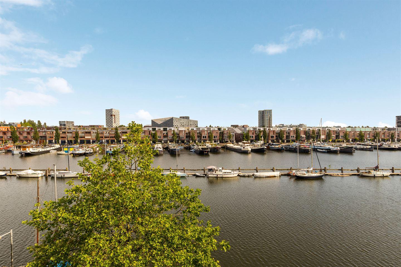 Bekijk foto 1 van Zeeburgerkade 300