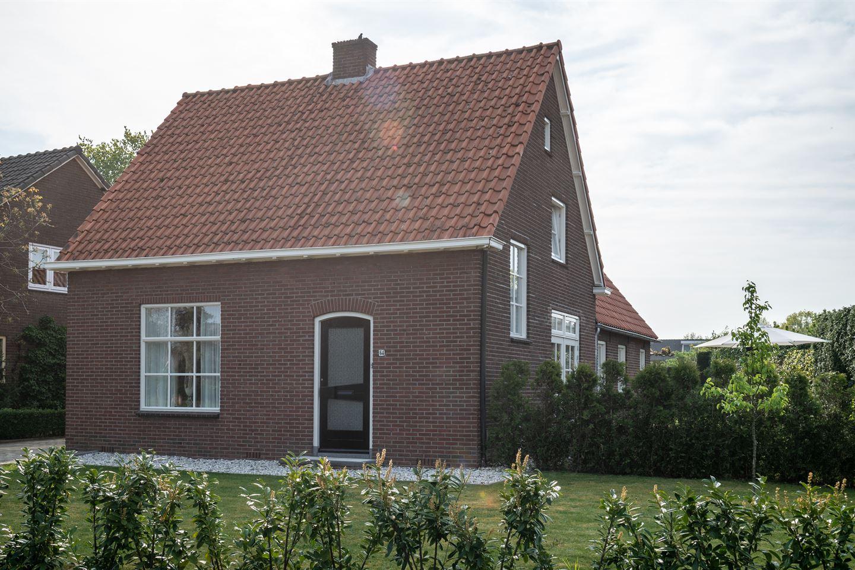 Bekijk foto 1 van Hoofdstraat 64