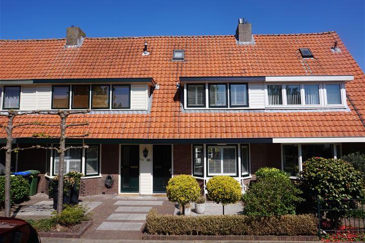 Oranjeweg 68