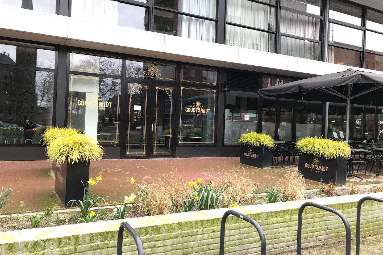 Bekijk foto 2 van Pastoor Spieringsstraat 1 ab
